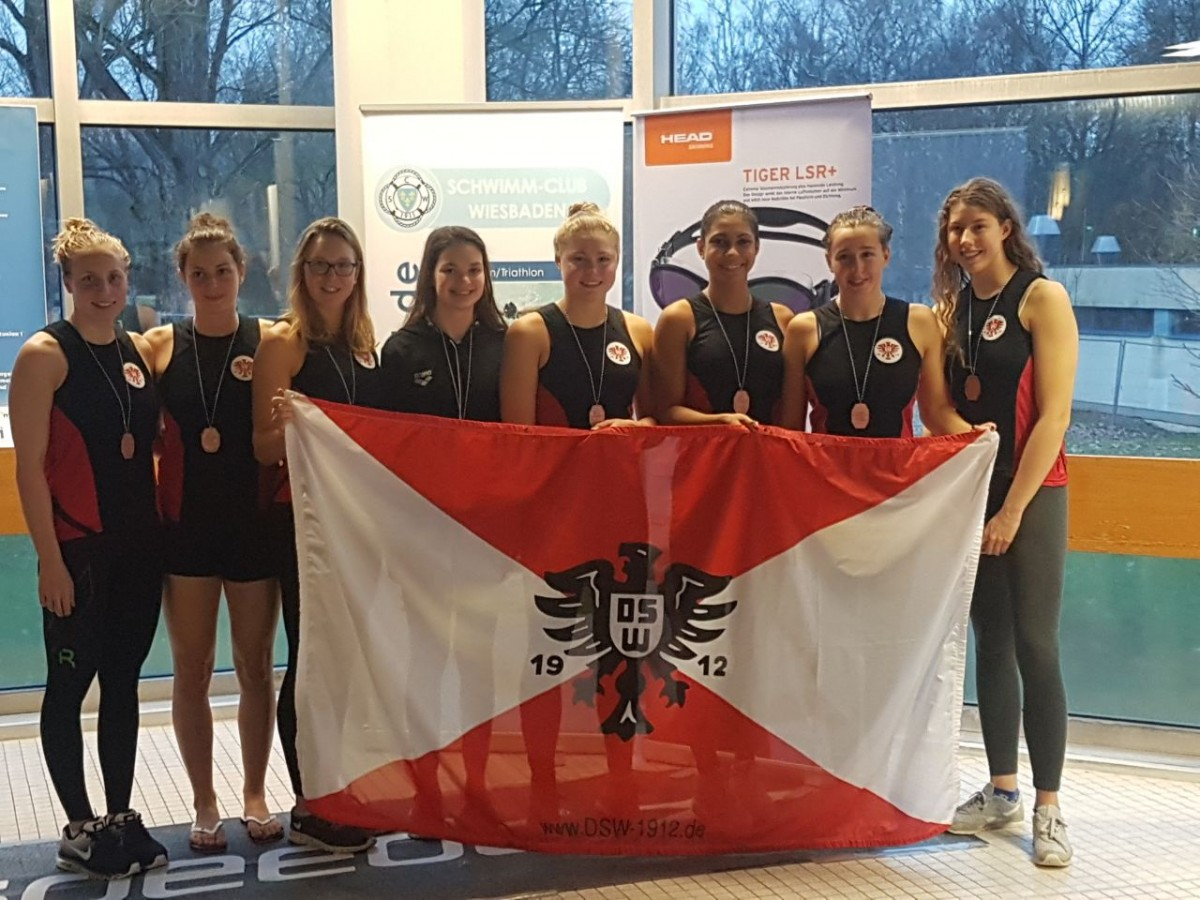 DMS 2018, 2. Bundesliga Süd - Bronze für DSW-Damen: (v.l.n.r.) Reva Foos, Bettina Fuhr, Marleen Sinsel, Lea Hechler, Marlene Hirschberg, Anna Elendt, Selina Celar, Carolin Albers